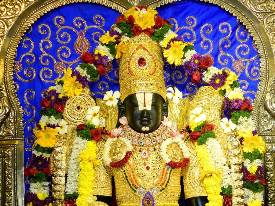 ISKCON Pune NVCC Deity Darshan 08 Jan 2017 (1)