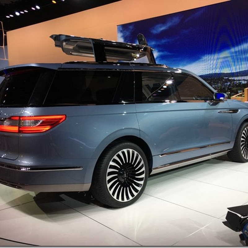 Lincoln navigator concept at the LA Auto Show, November 2016