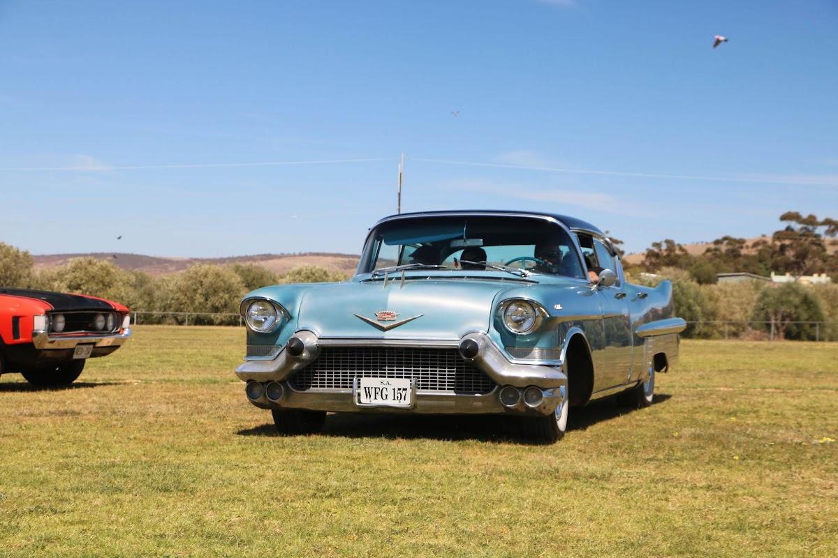 Cadillac (03).jpg