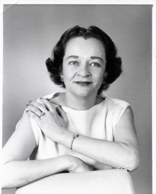 Evelyn Anne Hataway (Boekman)
