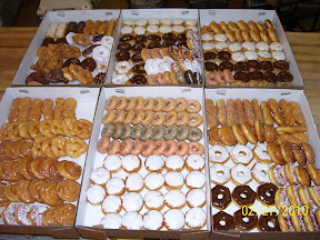 Donuts made daily title=