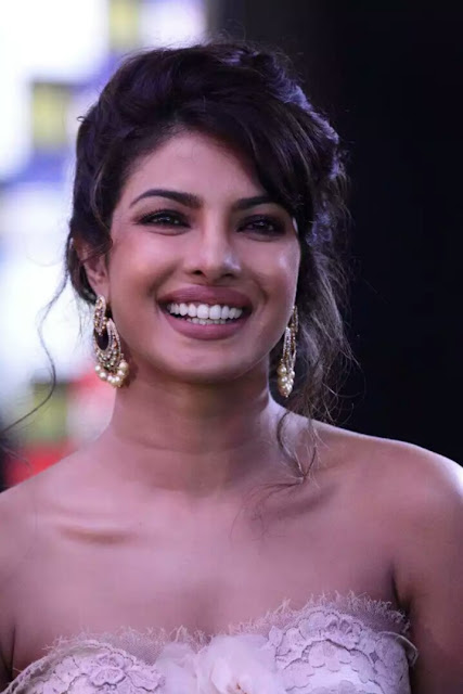 Priyanka Chopra unseen pics
