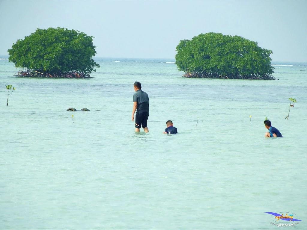 family trip pulau pari 090716 Fuji 161