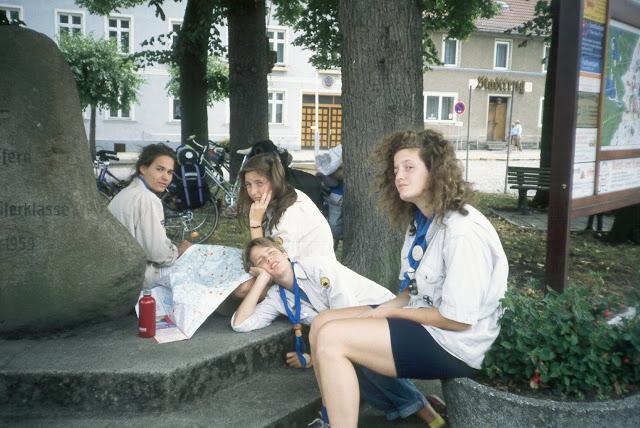 1985-1994 - 429-.jpg