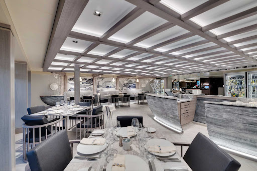 msc-seaside-Ocean-Cay-Restaurant.jpg - Ocean Cay is the intimate 32-seat specialty restaurant on MSC Seaside.