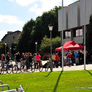 Pannkoogi kohvikud Raamatukogu ja Pirogovi platsi juures kolmapäeval - Karunädal 2011