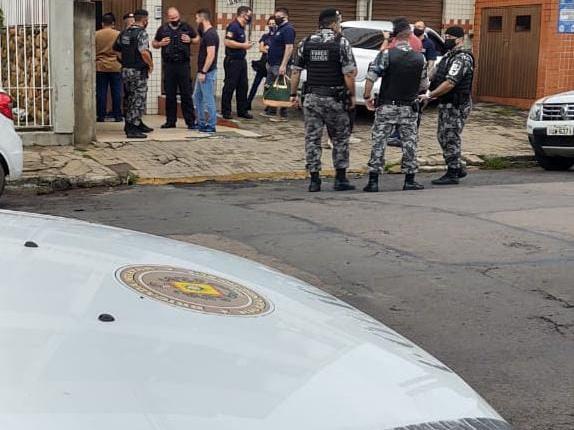 BM de Cachoeirinha apoia MPRS em operação deflagrada na manhã desta quinta-feira (28)