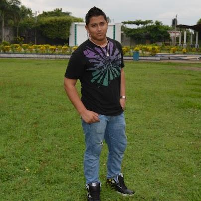 Freddy Lara Photo 17