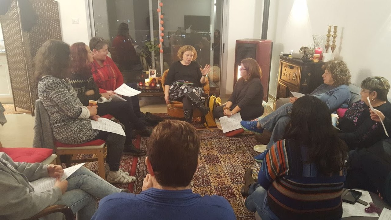 Women circle Shvat 2018  - a52b7bb7-3d64-455a-8e5d-b30dd4a23de6.jpg