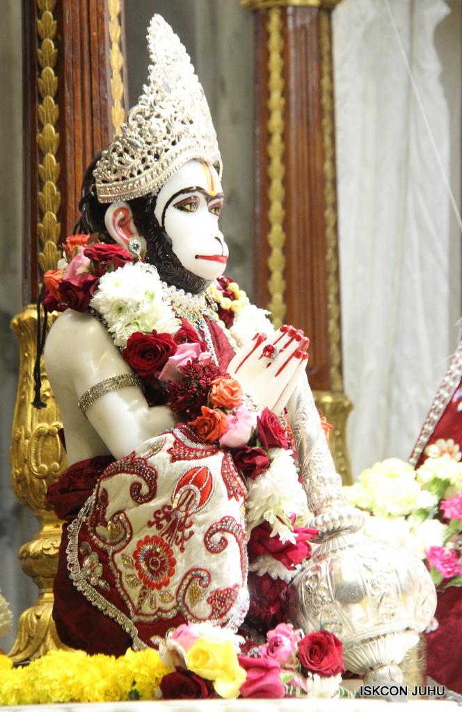 ISKCON Juhu Sringar Deity Darshan on 30th Sep 2016 (36)