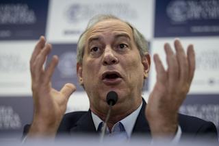 Bolsonaro vai liquidar nossa Nação diz Ciro Gomes
