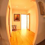k 5678_hallway4.jpg