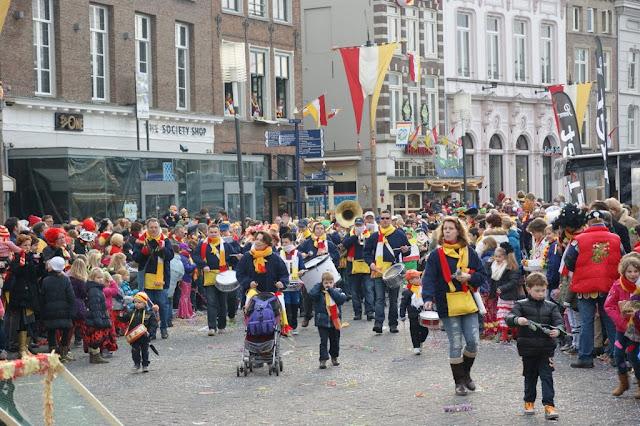 2012-02-19 tm 21 Carnaval in Oeteldonk - DSC04123.JPG