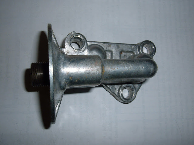 1959-1960 364-401 oil filter  housing. Will bolt to 1953-58 blocks. Call