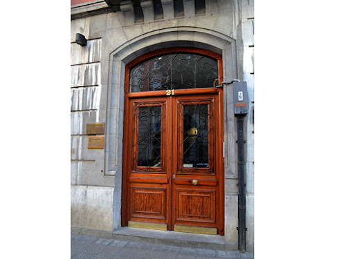 Rehabilitación portal madera Pinturfama