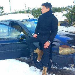 user Amr Abou assali apkdeer profile image