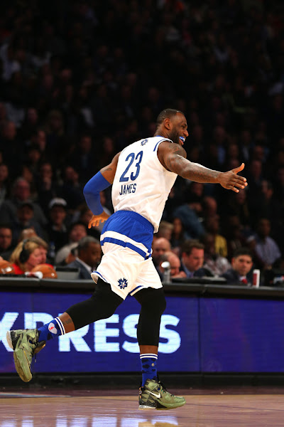 sports shoes 47e19 5ad5e King James Wears Nike LeBron 13 in 2016 NBA All-Star Game ...