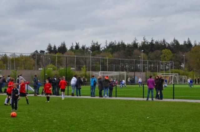 voorrondes schoolvoetbal 9 april 2014 - DSC_0187%2B%255B800x600%255D.jpg