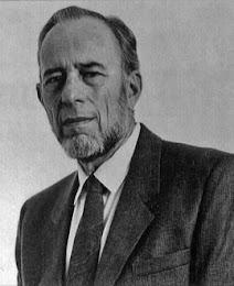 Julius Fast Author Portrait