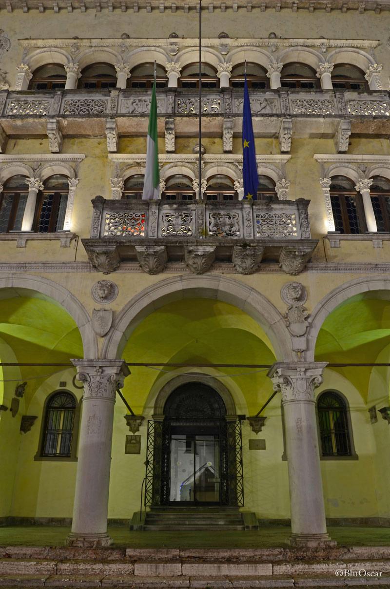 Piazza Duomo Belluno 06 01 2015 N2