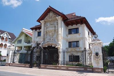 Teure Villa in Certeze