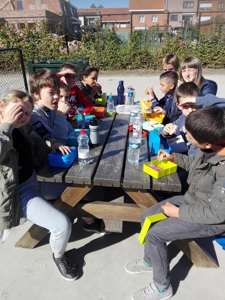 Ara klas (rode parel Basisaanbod) neemt deel aan scholenveldloop in Lokeren 26-09-2018 - IMG_20180926_122038.jpg