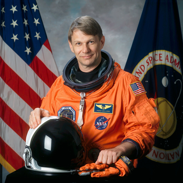 Piers John Sellers, OBE (born 11 April 1955), British-born Anglo-American meteorologist and NASA astronaut. Photo: NASA