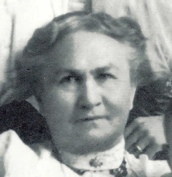 [BOGGS_Susan+C_cropped+from+1907+photo%5B3%5D]