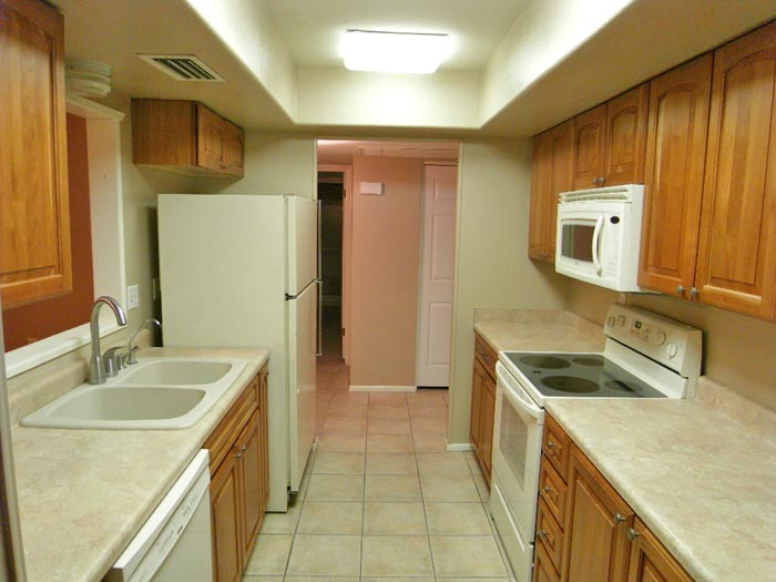 Picture of kitchen offered by Tempe Realtors