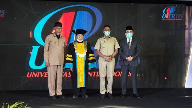 Berinvestasi di Bidang Pendidikan, Gubernur Irwan Harapkan Upertis Lahirkan Lulusan Berkualitas.