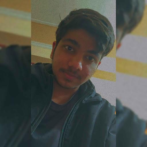 user Qamar Salah apkdeer profile image