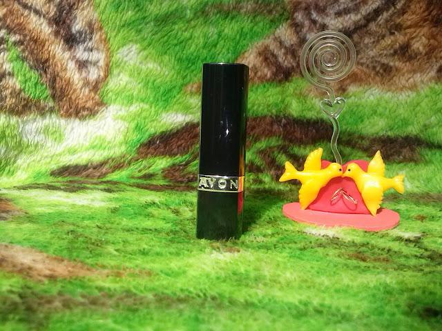 Resenha Batom Ultra Color Fúcsia Matte- Avon