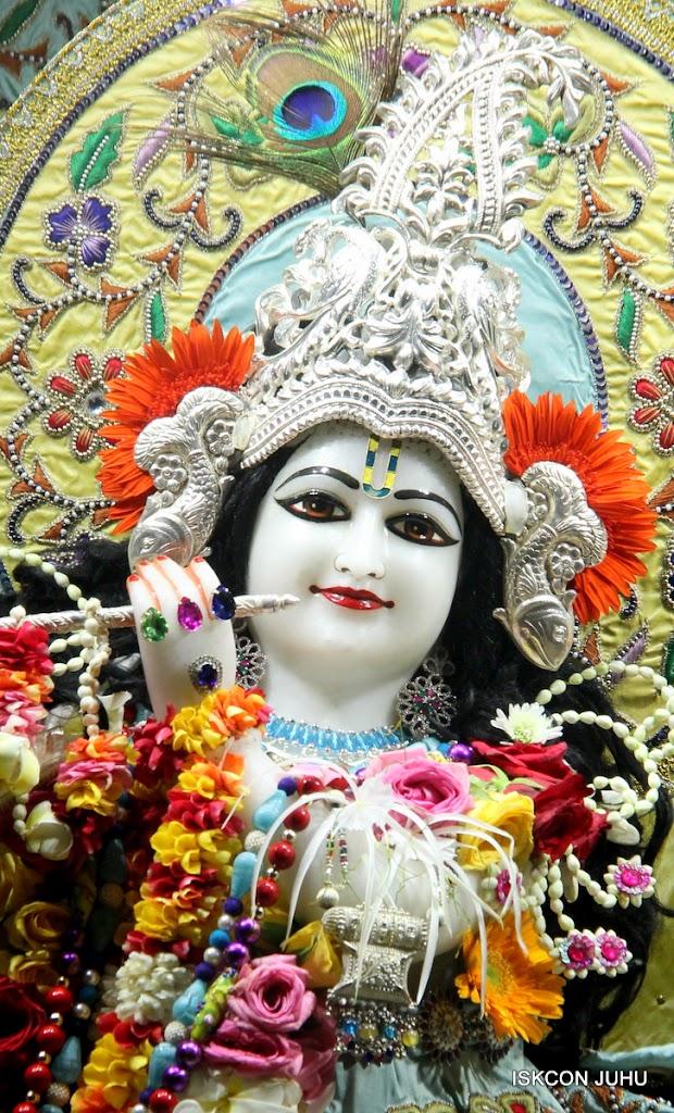 ISKCON Juhu Sringar Deity Darshan on 3rd Aug 2016 (3)