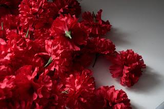 Faux Carnation Wreath Carnations