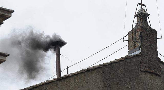 fumata negra capilla sixtina