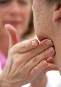 kelenjar getah bening Obat Herbal Untuk Mengatasi Limfadenitis (Peradangan Kelenjar Getah Bening)