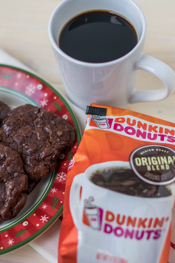 Coffee and flourless chocolate peppermint cookies