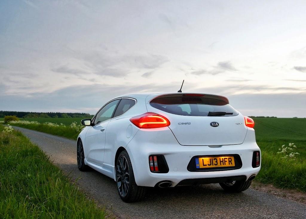 Yeni-Kia-Pro-Ceed-GT-2014-30