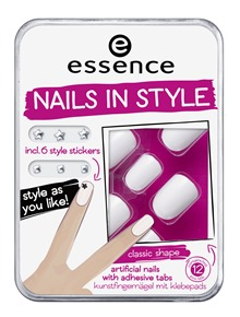 ess_NailsInStyle01