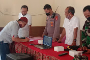 """Camat """"Kusdiono"""" berikan pemahaman terhadap para colon kuwu dan Bpd di kecamatan gunung jati"""