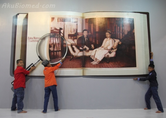 buku gergasi di Magic Art Museum