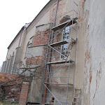 2011.11.15.-Wymiana okien w kościele.JPG