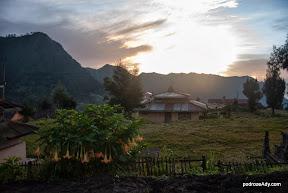 Poranek w Ceromo Lawang
