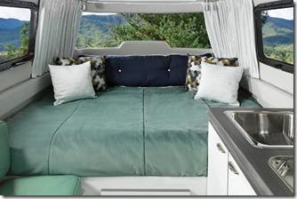Nest-Travel-Trailers-Interior-Clutch-Blue-Bed-1-e1523891909581-800x533_c