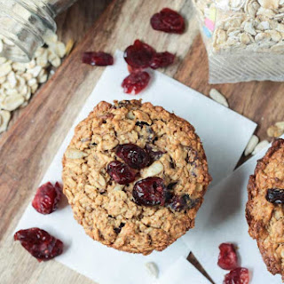 Baked Oatmeal Muffins with Cranberries.