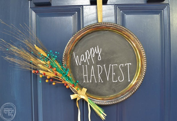 upcycled-fall-wreath-from-silver-platter-chalkboard-wreath-4