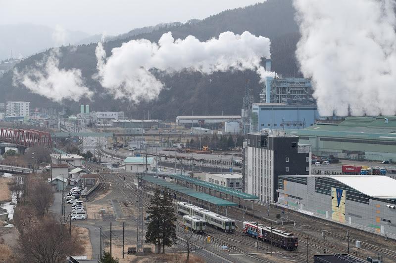 190324 宮古行きが出発の釜石駅俯瞰