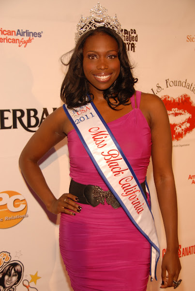 KiKi Shepards 8th Annual Celebrity Bowling Challenge (2011) - DSC_0020.JPG