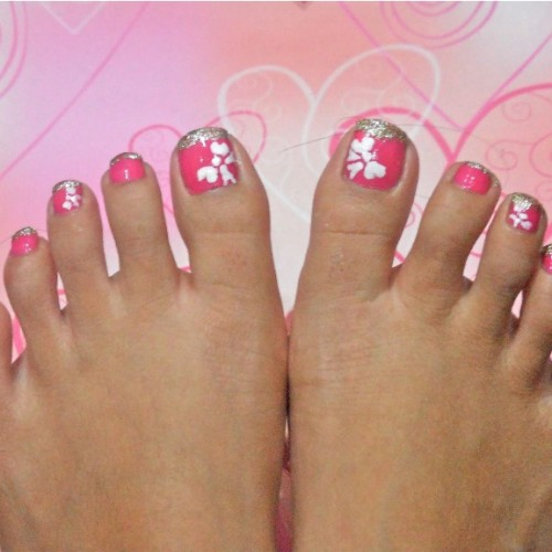 Toe nail art flower designs nailarts ideas toe nail art cute pink toe nails with white flowers nail design cute prinsesfo Image collections