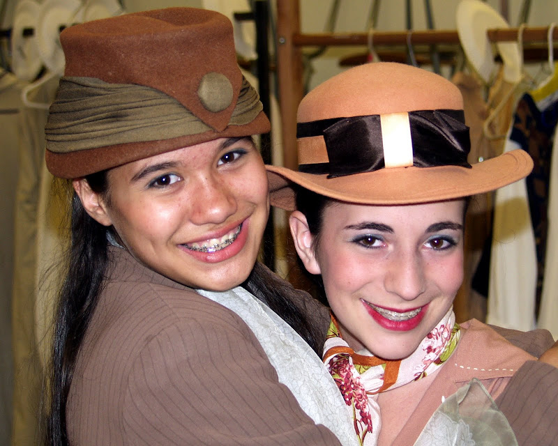 2003Me&MyGirl - ShowStoppers3%2B042.jpg